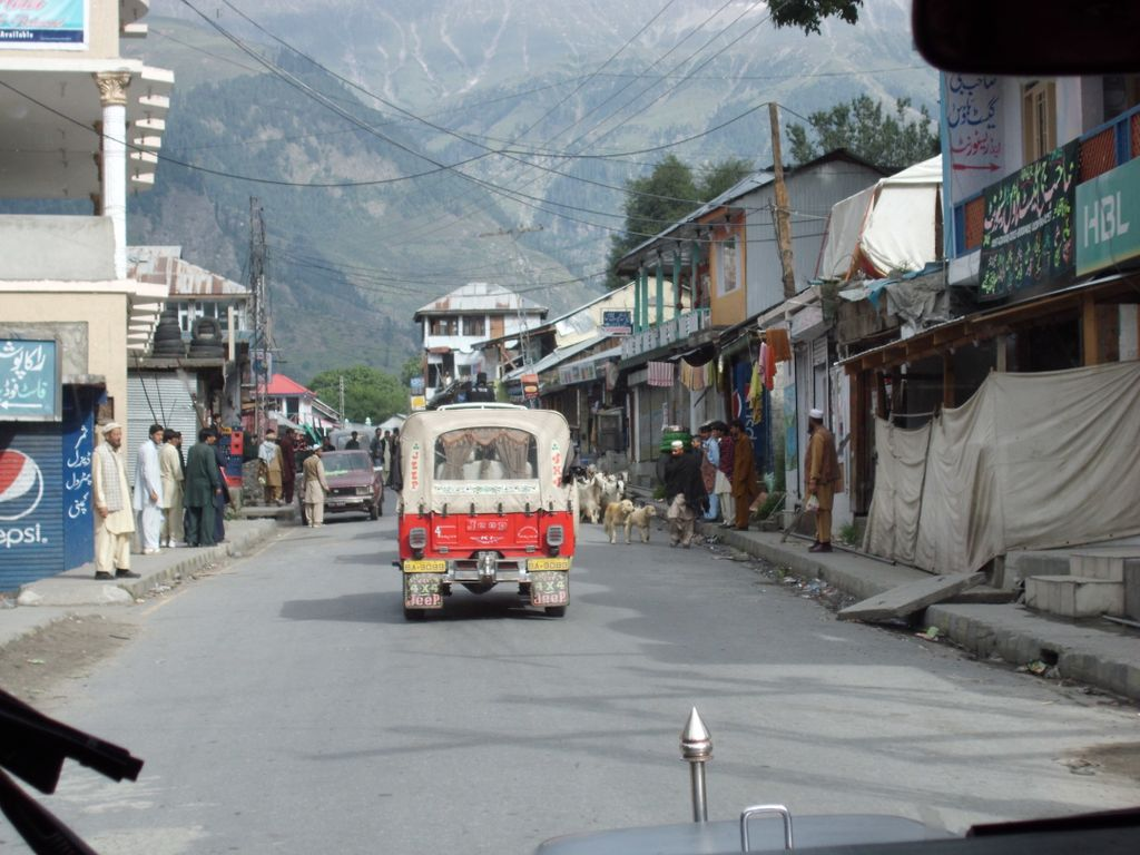 On the road to Naran, while everything was still pretty normal, by Monika Rüther