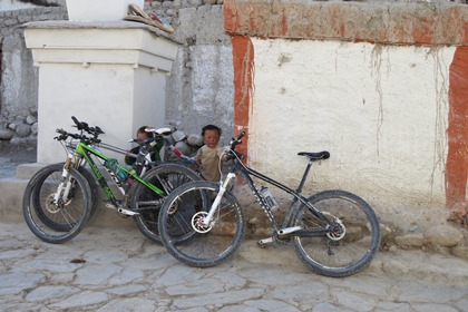Kids and bikes in Lo Manthang